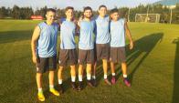 Tricolores. Rodrigo Amaral, Matías Viña, Nicolás Rodríguez, Agustín Rogel y Mathías Olivera que, pese a no ser más jugador de Nacional, fue convocado por sus actuaciones con los albos.