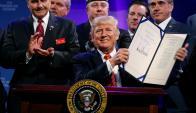 """El martes en Phoenix, Trump volvió a afirmar: """"vamos a construir ese muro"""". Foto: Reuters"""