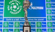 Trofeo. El que estará en disputa en St. Petersburgo, Rusia.  Foto:  Gazprom