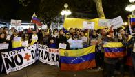 Llegada masiva de venezolanos generó una organización. Foto: Marcelo Bonjour