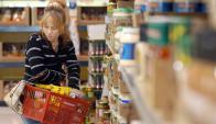 Casi dos terceras partes del aumento se lo comió la inflación. Foto: AFP