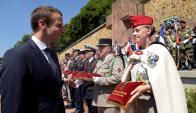 Macron en aniversario del llamado a la resistencia de Charles de Gaulle. Foto: Reuters
