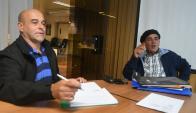 Los colonos Fernando Sorondo y Gabriel Arrieta presentaron cartas ante el Parlamento. Foto: F. Flores