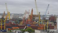 El gobierno planea afectar a las importaciones que vienen del Mercosur. Foto: A. Colmegna