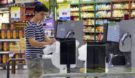 Cajas sin cajeros estás siendo probadas en el Devoto de Punta del Este. Foto: Archivo El País