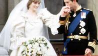 La boda de Diana con el príncipe Carlos se considera una de las más lujosas. Foto: Archivo AFP