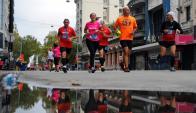 A correr. La Maratón Montevideo largará este domingo desde la Intendencia a las 7:00. Foto: Fernando Ponzetto