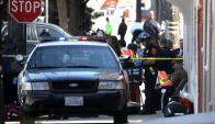 Policías en el área donde ocurrió el tiroteo. Foto: AFP