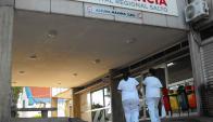 Saturada: Unos 250 pacientes consultan cada día la emergencia del Hospital de Salto. Foto: L. Pérez