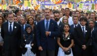 El rey Felipe y el presidente Rajoy el sábado en la marcha. Foto: AFP
