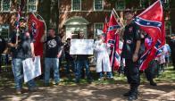 El KKK en un acto el sábado. Foto: AFP