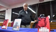 Héctor Amodio Pérez en conferencia de prensa. Foto: Fernando Ponzetto.