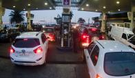 Demanda: muchos automóviles tomaron sus recaudos. Foto: Fernando Ponzetto