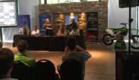 Lanzamiento. Se anunció la presencia de figuras del motocross mundial.