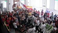 Cooperativistas del plan de vivienda sindical ocupan la Agencia de Vivienda. Foto: Archivo