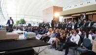 Con la presencia de Ratazzi, Suar y otros panelistas, el foro tuvo lugar en el Aeropuerto de Carrasco. Foto: M. Bonjour