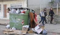 Propuesta incluye rotar contenedores de lugares para que no sean siempre los vecinos. Foto: F. Flores