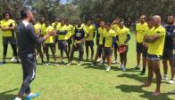 Munúa y su cuerpo técnico seguirán en Liga, pero otros dos uruguayos no. Foto: Prensa Liga de Quito