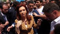 CFK: ayer comunicó a los jueces que la investigan que suspendió sus vacaciones. Foto: Reuters