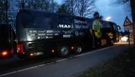 Así quedó el ómnibus del Borussia Dortmund. Foto: Reuters.