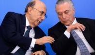 Brasil quiere ampliar la jornada laboral y fraccionar las vacaciones. Foto: AFP