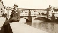 Mattos Rodríguez frente al Ponte Vecchio en Florencia. Foto: CdF