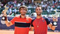 Pablo Cuevas y Guillermo Dutra campeones en Austria. Foto: AFP