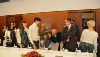 Vázquez se reunió con parientes de familia de origen ruso. Foto: Manuel V. Tort / Presidencia