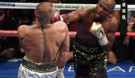 La pelea entre Mayweather y McGregor terminó siendo un show muy redituable. Foto: AFP
