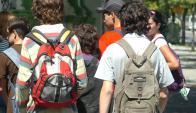 Grupo de liceales. Foto: Archivo El País