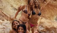 Andy Vila embarrada con sus amigas en Ibiza