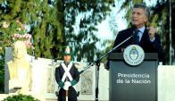 Mauricio Macri decretó modificaciones a la ley de migraciones.  Foto: EFE