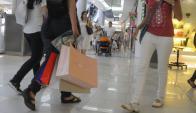 Empresarios esperan con cautela el próximo semestre. Foto: Archivo El País