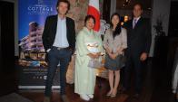 Sergio Goloubintseff, Embajadora de Japón Keiko Tanaka, Mio Oizumi, Gilberto Echeverry.