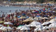 Ayer comenzó el retorno de miles de turistas. Foto: R. Figueredo