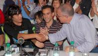 """Sanabria junto a José """"Peluca"""" Valdéz y Luis Borsari. Foto: Ricardo Figueredo."""