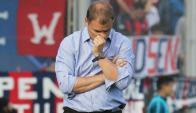Diego Aguirre preocupado por la falta de gol de San Lorenzo y su futuro. Foto: La Nación