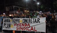 En varias ocasiones, trabajadores se movilizaron para protestar por atrasos. Foto: Archivo