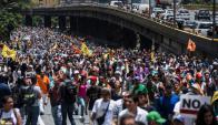 La oposición prepara nuevas marchas en rechazo al golpe de Estado. Foto: AFP