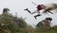 ''Grand National Steeple Chase', ganadora de la foto del año de World Pres Photo'. Foto:  Tom Jenkis (Guardian)