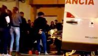 Inspectora de tránsito es asistida luego de ser atropellada. Foto: Magdalena Reina.