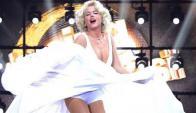 Xuxa como Marilyn (@xuxamenegheloficial)