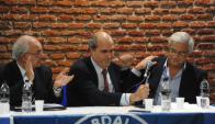 El diputado disidente en una asamblea de la lista 66. Foto: F. Ponzetto