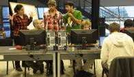 En empresas que son parte de la Cuti trabajan alrededor de 12 mil personas. Foto: archivo El País