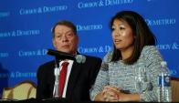 Crystal Dao Pepper, hija del Dr. David Dao, habla durante una conferencia de prensa en el Union League Club de Chicago. Foto: Reuters