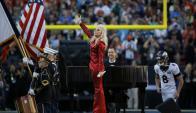 """""""The Star-Splangled Banner"""". Lady Gaga cantó el himno de EE.UU. en la edición pasada."""