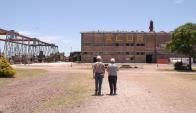 Imágenes de la planta de ALUR y quienes trabajan la caña en Bella Unión. Foto: Archivo El País