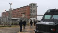 Hay un clima tenso en las cárceles al quedar muchas libertades sin resolución. Foto: F. Flores