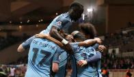 Choque. Los futbolistas de Manchester City esperan volver a festejar ante Liverpool. Foto: AFP