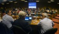 La bancada oficialista analiza modificaciones al articulado del proyecto. Foto: F. Ponzetto